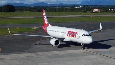 PR-TYG - Airbus A320-214 - TAM Linhas Aéreas