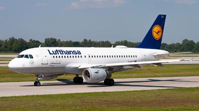 A picture of DAILX - Airbus A319114 - Lufthansa - © Raphael Oletu