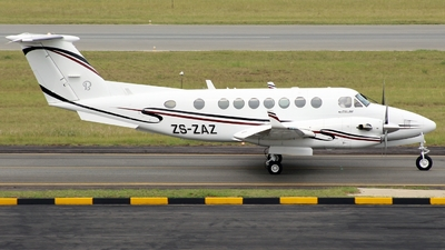 ZS-ZAZ - Beechcraft B300 King Air 350 - Private