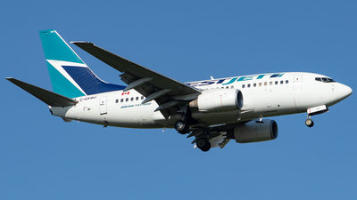 A picture of CGXWJ - Boeing 7376CT - WestJet - © Kevin Leinweber