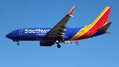 N555LV - Boeing 737-7BD - Southwest Airlines