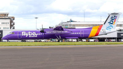 A picture of GJEDV - De Havilland Canada Dash 8400 - Flybe - © Phil Woods