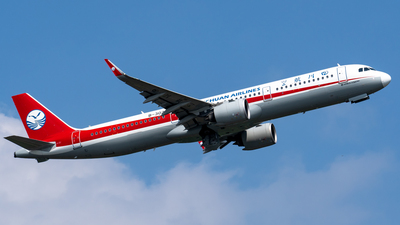 A picture of B302S - Airbus A321231 - Sichuan Airlines - © cc12214