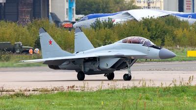 747 - Mikoyan-Gurevich MiG-29M2 Fulcrum E - Russian Aircraft Corporation MiG