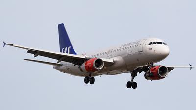 OY-KAU - Airbus A320-232 - Scandinavian Airlines (SAS)