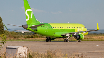 A picture of VQBYS - Embraer E170SU - S7 Airlines - © Yan Syrbo