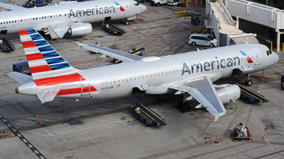 N656AW - Airbus A320-232 - American Airlines