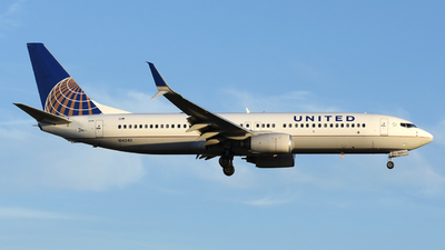 A picture of N14240 - Boeing 737824 - United Airlines - © DJ Reed - OPShots Photo Team