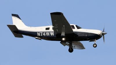 A picture of N74WW - Piper PA32R301 - [80229] - © Len Schwartz