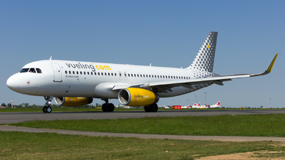EC-MVE - Airbus A320-232 - Vueling Airlines