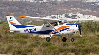 A picture of PHEHN - Cessna F172M Skyhawk - [01186] - © Mattia De Bon