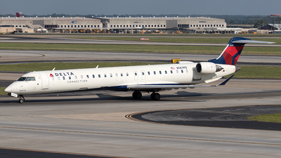 A picture of N147PQ - Mitsubishi CRJ900LR - Delta Air Lines - © Yixin Chen