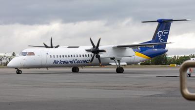 A picture of TFFXI - De Havilland Canada Dash 8400 - Icelandair - © Bianca Renz