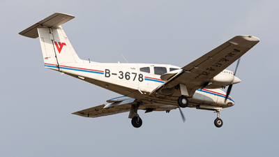 B-3678 - Piper PA-44-180 Seminole - Civil Aviation Flight University of China
