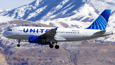 A picture of N875UA - Airbus A319132 - United Airlines - © Michael Rodeback