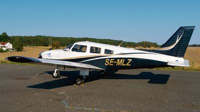 SE-MLZ - Piper PA-28-181 Archer III - CAE Oxford Aviation Academy