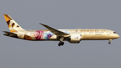A picture of A6BLR - Boeing 7879 Dreamliner - Etihad Airways - © Silas