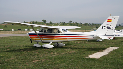 EC-DRZ - Reims-Cessna F172H Skyhawk - Private
