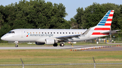A picture of N228NN - Embraer E175LR - American Airlines - © Scott Kerhaert