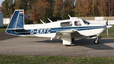 D-EKFC - Mooney M20J-201 - Private
