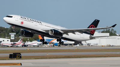 A picture of CGFUR - Airbus A330343 - Air Canada - © Matthew Calise