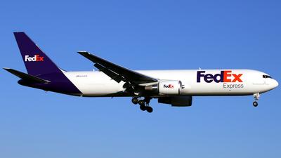 N144FE - Boeing 767-3S2F(ER) - FedEx