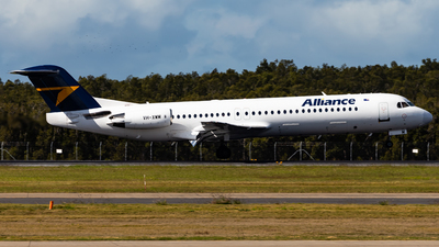 A picture of VHXWM - Fokker 100 - Alliance Airlines - © Brandon Giacomin