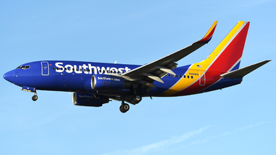 N411WN - Boeing 737-7H4 - Southwest Airlines