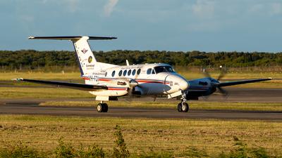 A picture of VHFDI - Beech B200C Super King Air - [BL162] - © Peter Williamson