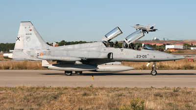 AE.9-011 - Northrop F-5B Freedom Fighter - Spain - Air Force