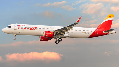 D-AVXZ - Airbus A321-251NX - Iberia Express