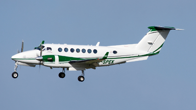 M-SPEK - Beechcraft B300 King Air 350i - Private