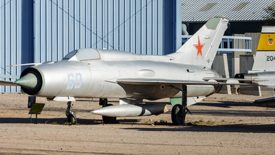 69 - Mikoyan-Gurevich MiG-21PF Fishbed - Soviet Union - Air Force