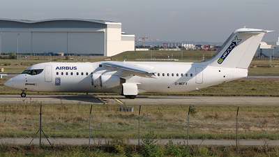 G-WEFX - British Aerospace Avro RJ100 - Airbus Industrie