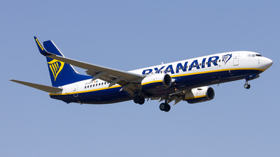 A picture of EIEFO - Boeing 7378AS - Ryanair - © Inaki Ropero Pipaón