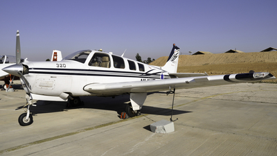 320 - Beechcraft A36 Chofit - Israel - Air Force