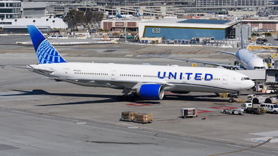 A picture of N69020 - Boeing 777224(ER) - United Airlines - © Jordan Louie