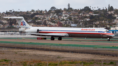 N9412W - McDonnell Douglas MD-83 - American Airlines