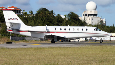 A picture of N369QS - Cessna 680 Citation Sovereign - NetJets - © Kevin Porter