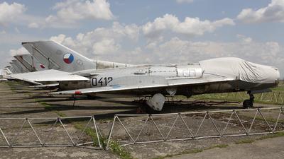 0412 - Mikoyan-Gurevich Mig-19S Farmer - Czechoslovakia - Air Force