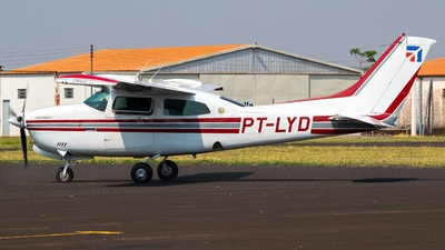PT-LYD - Cessna T210N Turbo Centurion II - Private