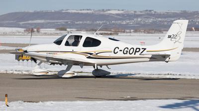 A picture of CGOPZ - Cirrus SR22 - [1080] - © Mike MacKinnon