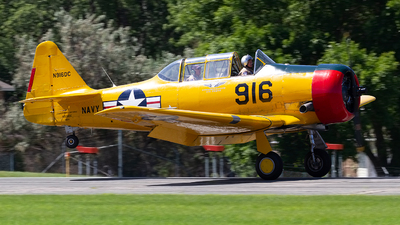 N916DC - North American SNJ-6 Texan - Commemorative Air Force