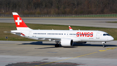 A picture of HBJCI - Airbus A220300 - Swiss - © Jeremy Denton