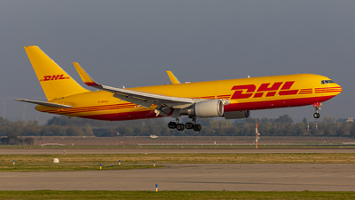 A picture of GDHLG - Boeing 7673JHF(ER) - DHL - © Fabian Luehrs
