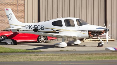 PK-ECB - Cirrus SR22-G2 - Sky Aviation