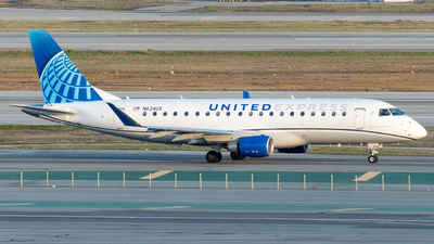 A picture of N624UX - Embraer E175LL - United Airlines - © global_flyer1