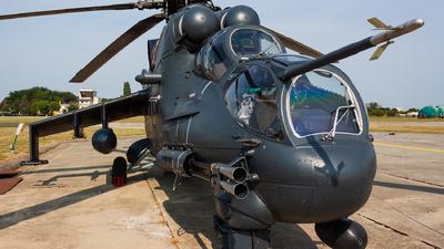 332 - Mil Mi-24P Hind F - Hungary - Air Force
