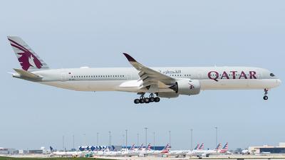 A picture of A7ANJ - Airbus A3501041 - Qatar Airways - © bill wang