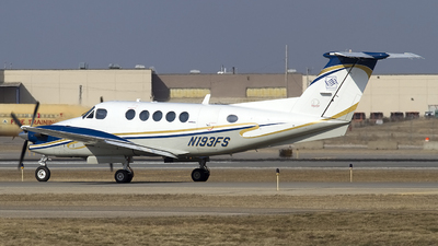 N193FS - Beechcraft 300LW Super King Air - Private
